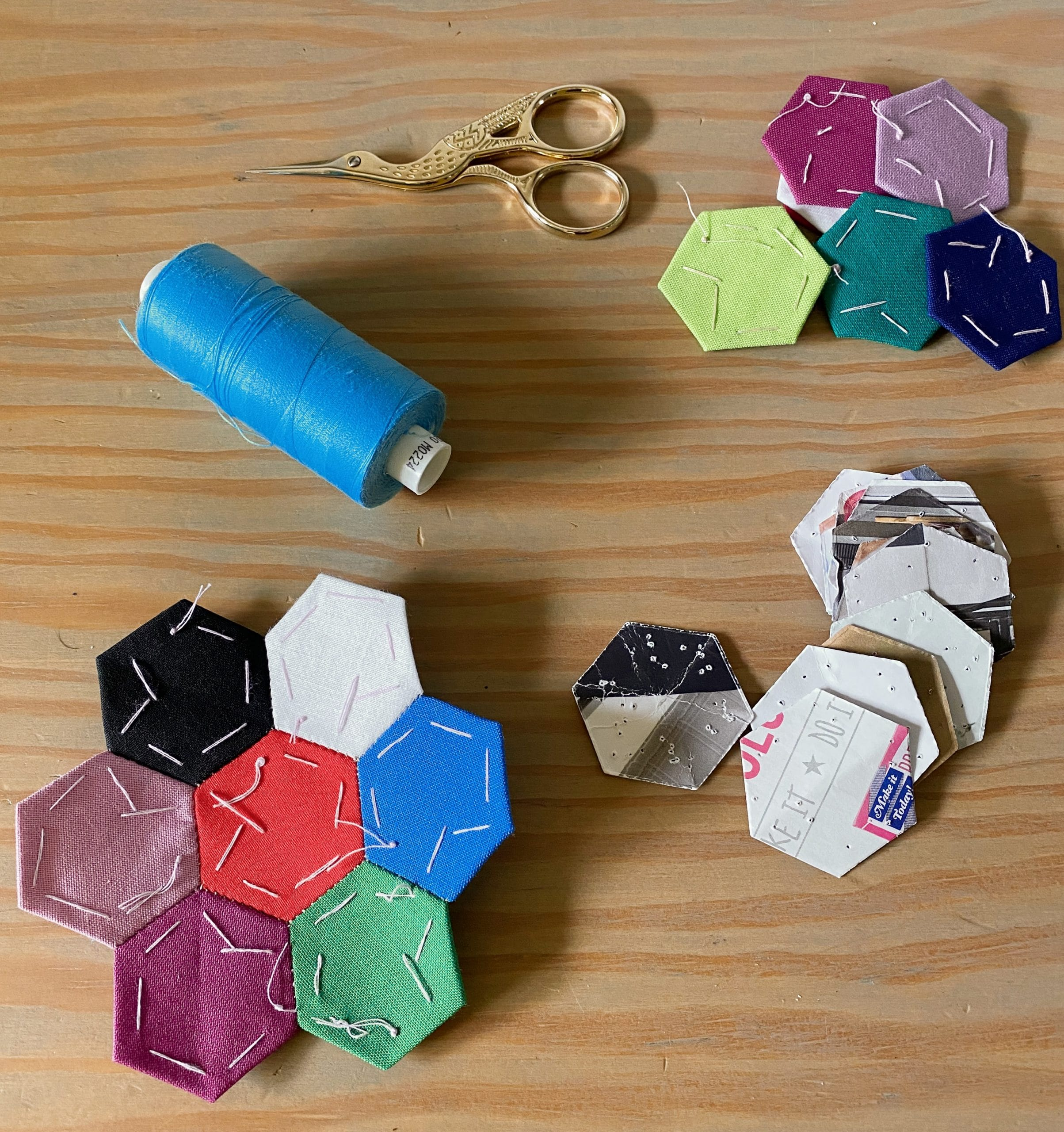 Sewing-supplies-for-English-Paper-Piecing-EPP