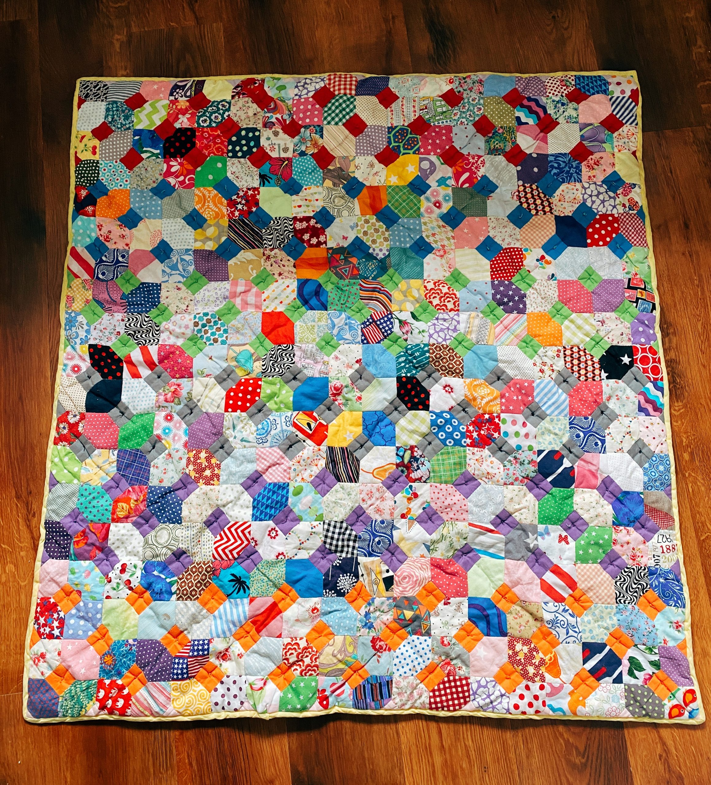 The-Stitch-Sisters-EPP-Quilt