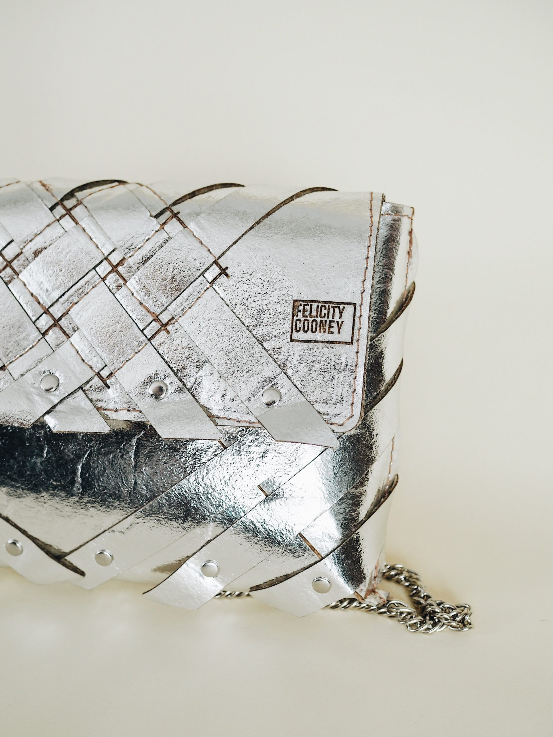 Felicity-Cooney-Pinatex-Bag-sustainable-fabrics