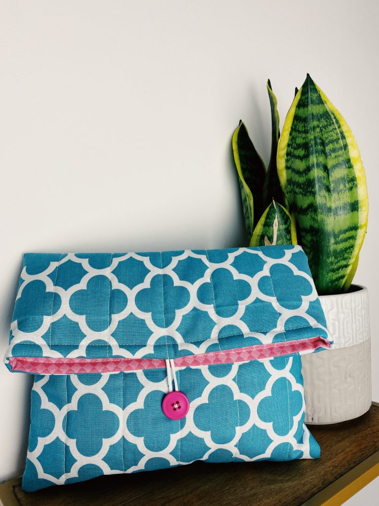 Stitch-Sisters-Quilted-Makeup-Bag-Gift-Tutorials